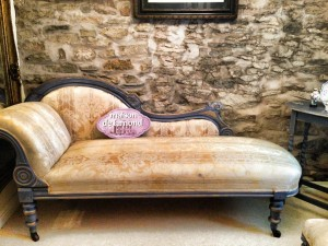 Hand Painted Chaise Longue