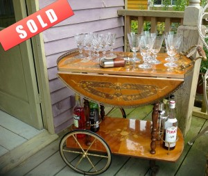 Beautiful vintage Italian drinks trolley with detailed inlay